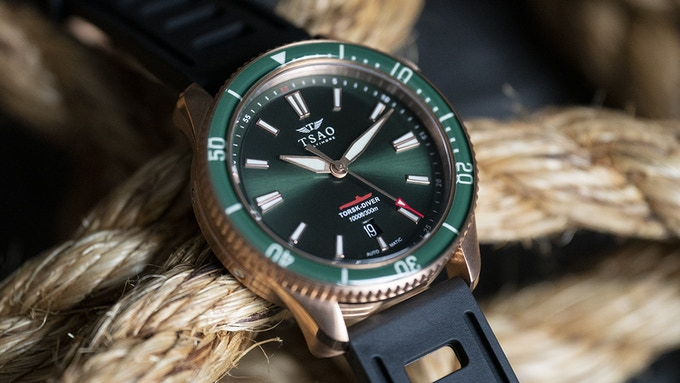 Emerald Bronze with Domed Sapphire Bezel