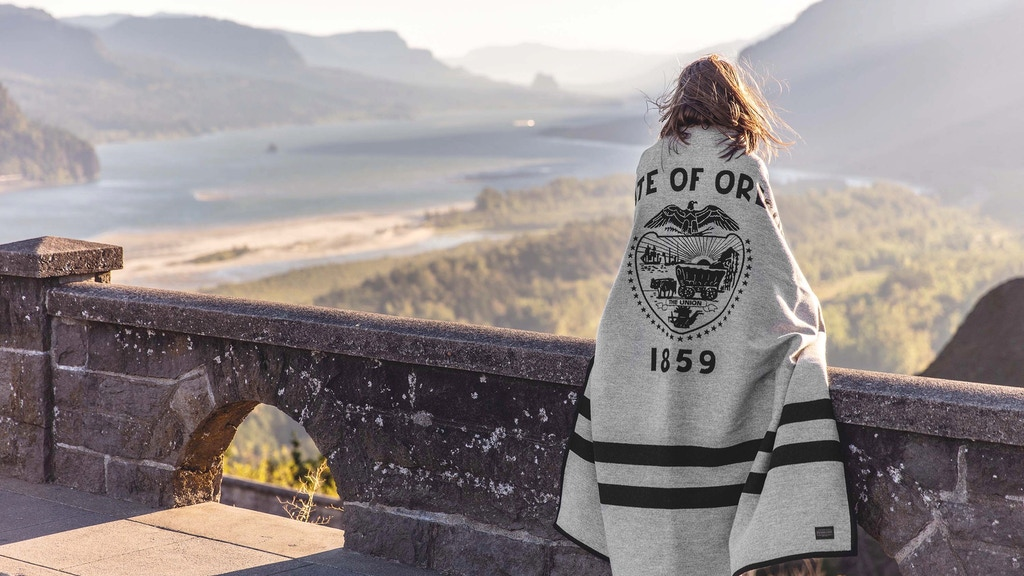 The Oregon Blanket by 84 East