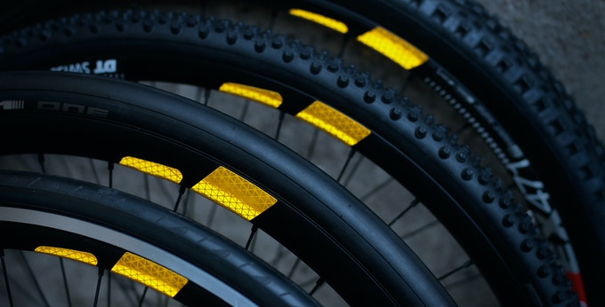 FLECTR 360 fits almost every type of rim.