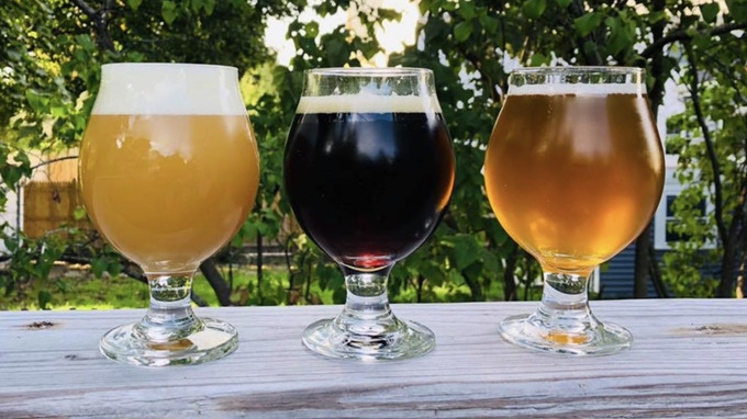 Introducing a few of our beers: Hoppily Distracted [our juicy New England IPA], Bank on Brown [a full-flavored Brown Ale], RoslinPale [our easy-drinking Pale Ale].