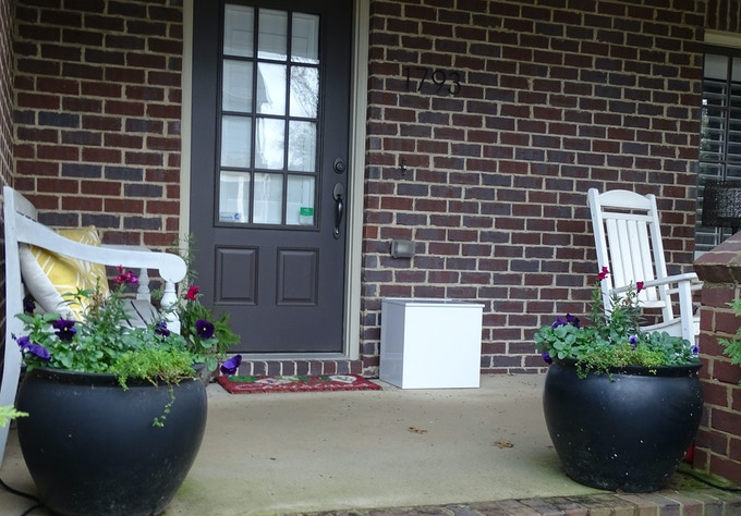 Make your neighborhood less appealing to criminals by using The Porch Pod package safe.