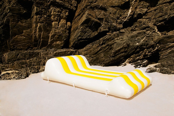 Athina inflatable can be used for sun bathing with your feet up
