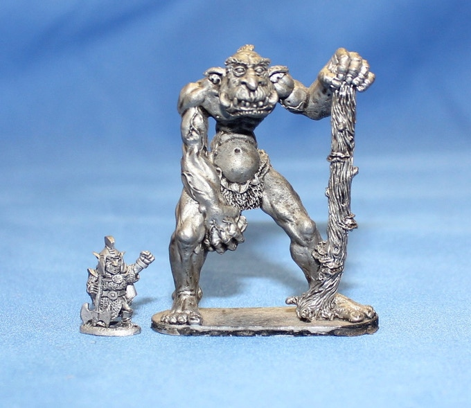 Hill Troll next to a Lesser Goblin Chieftain