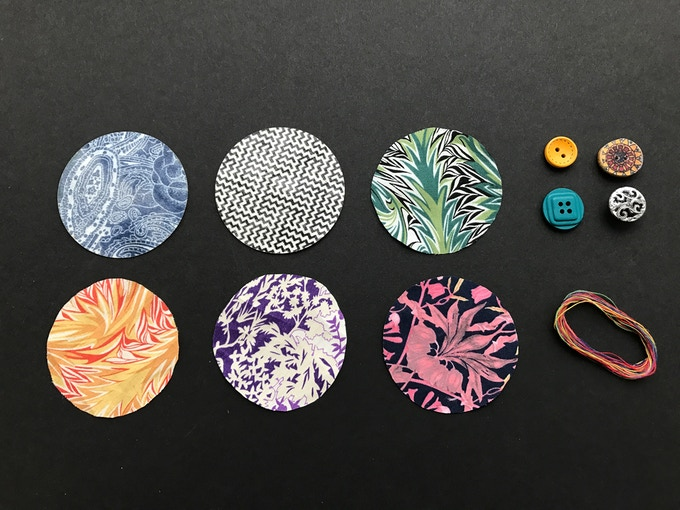The Mendi Kit - 6 iron-on fabric patches, 4 vintage buttons and rainbow thread
