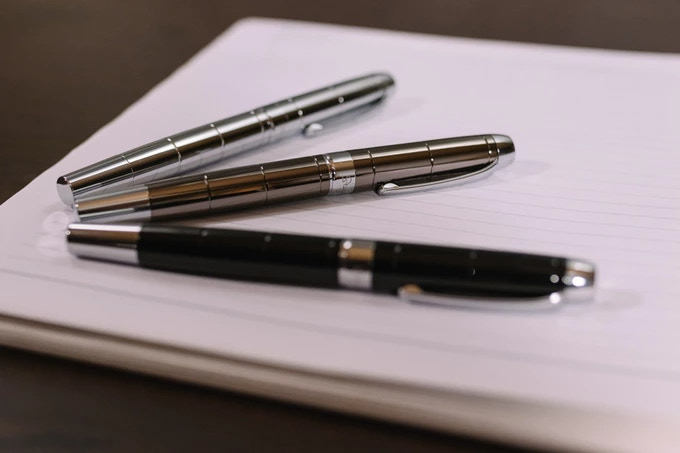3 x Storyteller Barcelona metal fountain pens
