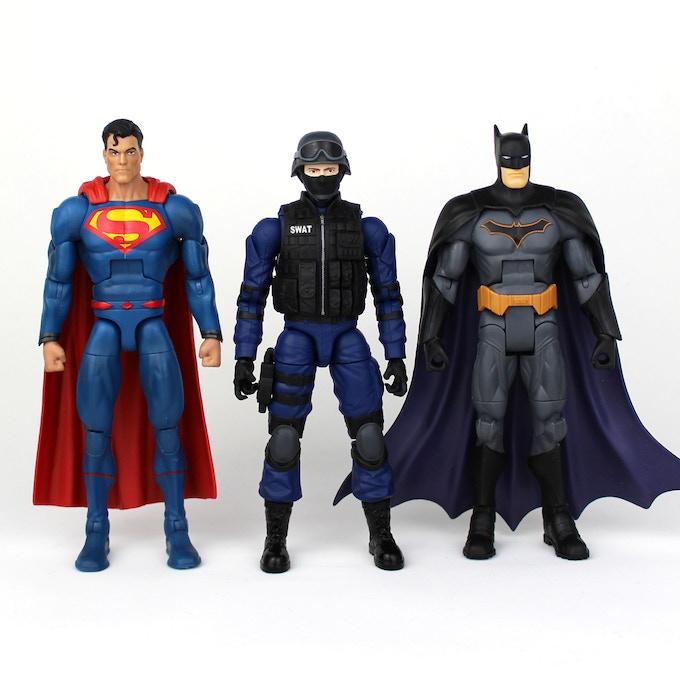 "Comparison with 6"" DC Multiverse"