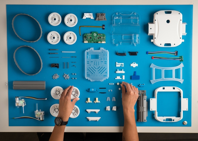 Although RVR comes fully assembled, we thought you might want to see all the parts that make up RVR.