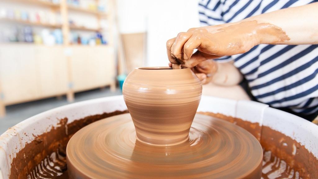 Moss Keramik needs more pottery wheels! project video thumbnail
