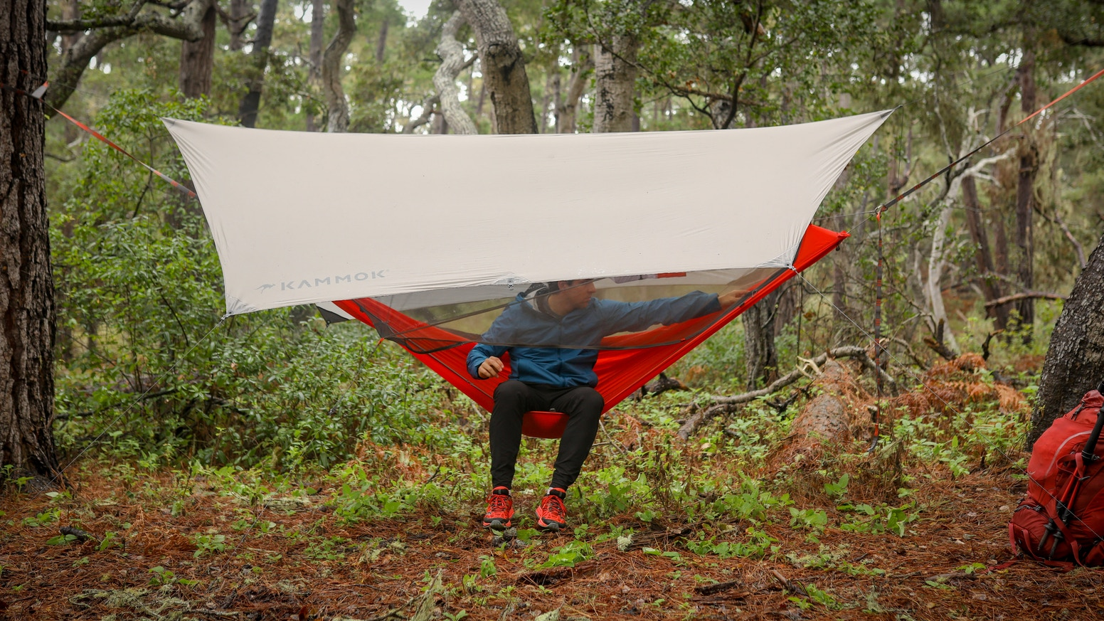 A lightweight, all-in-one hammock tent designed to elevate backcountry camp. The Mantis offers the best night's sleep, off the ground.