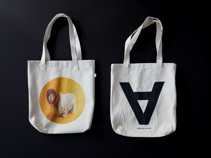(Final tote bags may slightly vary)
