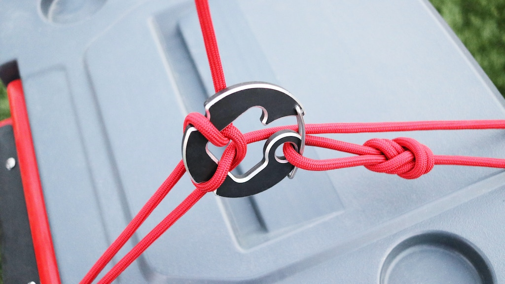 Blackwall Carabiners: Quick-Release Gear Harness project video thumbnail