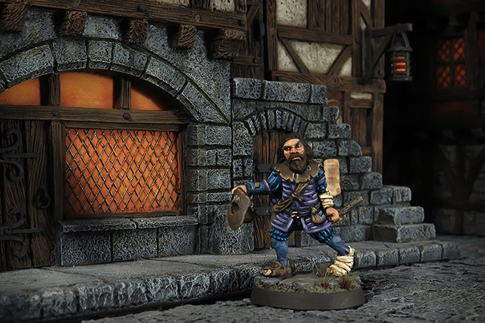 Old Tully begging in the streets of Dunkeldorf (Buildings from Fenryll & Tabletop-World)