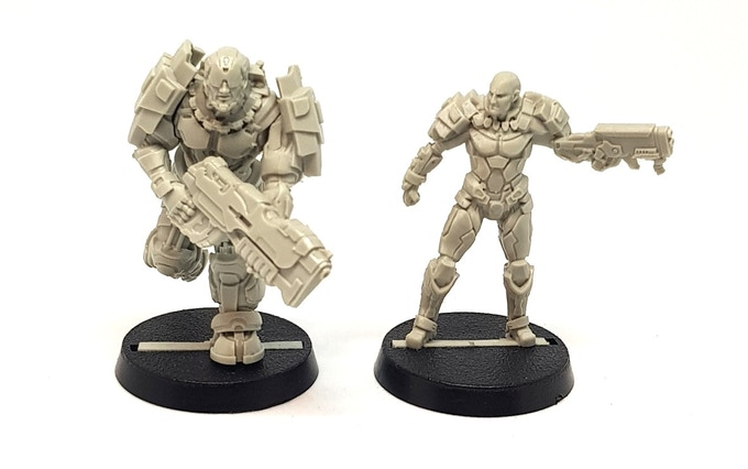 Here's a quick comparison for Steve and the Guard Sergeant, who wear different sorts of Heavy Armour.