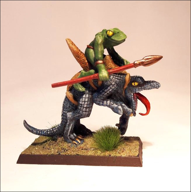 Frog Man on Lizard Mount. (Requires Cavalry base) 3 Piece Set.