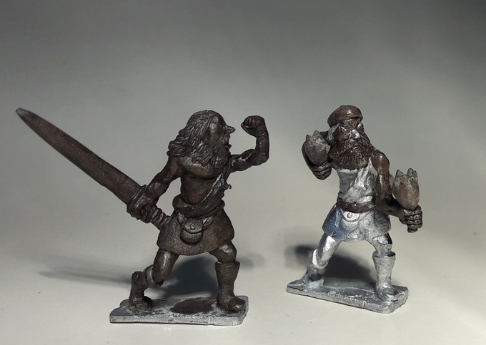 Highlanders. Sword and improvised weapons. Added some more mini's that can be selected.