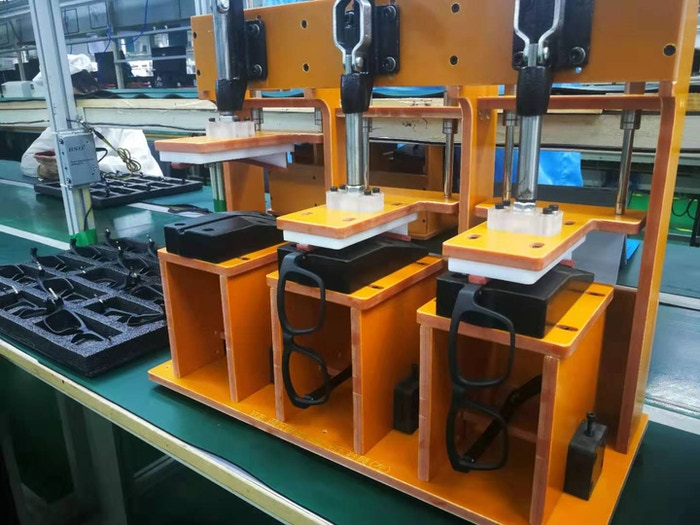New and improved clamping fixtures for gluing