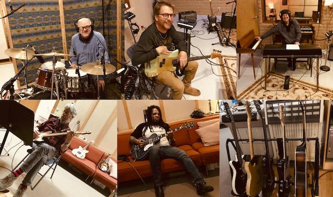 Paul Pearcy, Ronnie Johnson, Jason Crosby, Jon Graboff, Eric McFadden, My guitars, already at work!