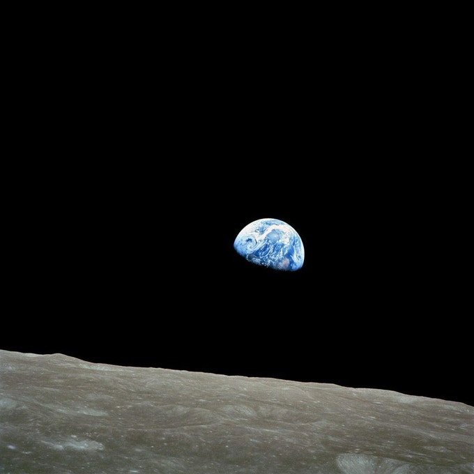 EARTHRISE - The day humanity saw it's home with human eyes from space.