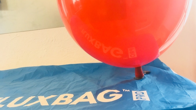 The new blow-back-protected connector now allows the FLUXBAG to inflate even the largest balloons