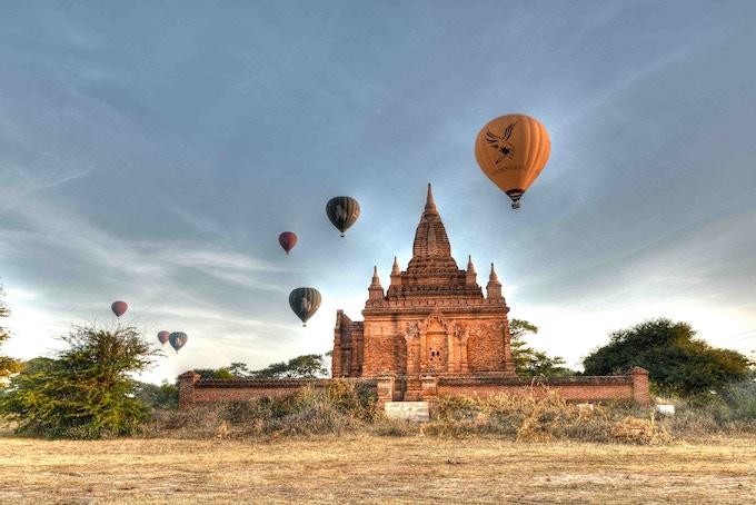 Bagan Balloons (HDR photo)