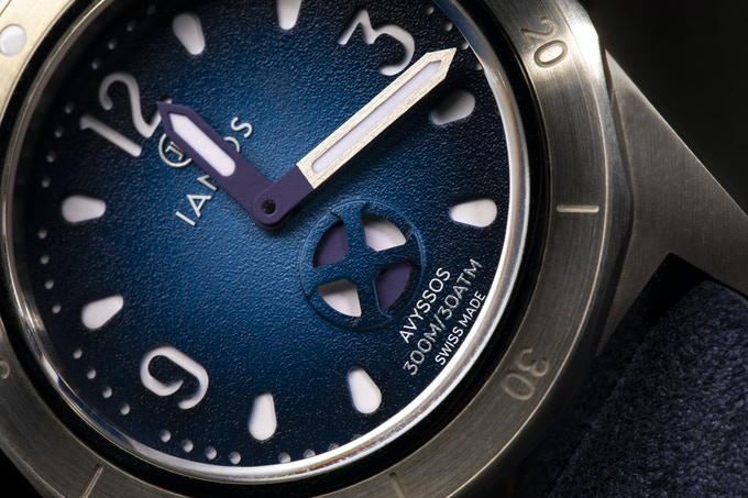 Ianos Avyssos IA02 dial closeup