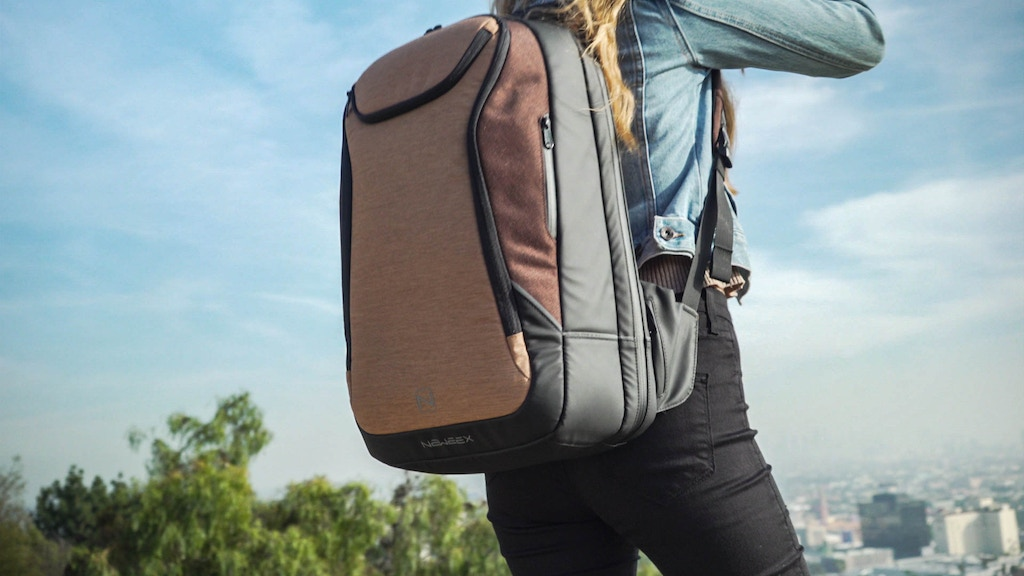 NEWEEX:The Ultimate All-In-One Travel Backpack & Laptop Case