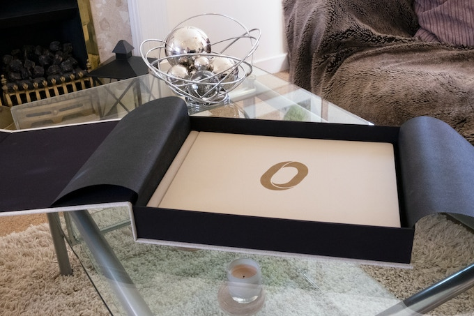The Collectors' Edition is leather-bound and is delivered in a luxury box