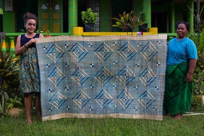 Pandanus mat woven by hand on Manono Island by Aveina Auapa'au.