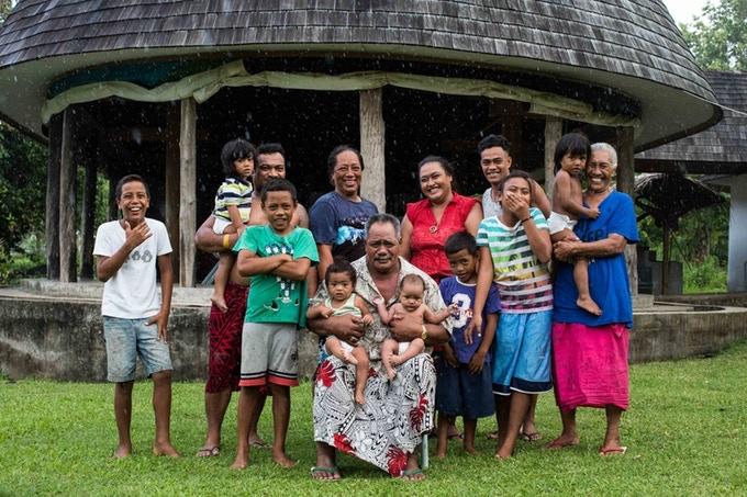 The Mulipola Lopa Family