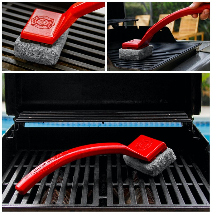 6th Prototype - Branded with the Grill Rescue logo. Made from a fire retardant custom designed 3D printed handle, very absorbent heat proof foam, wrapped in a high quality heat proof cloth.