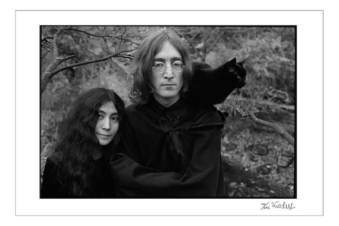 John Lennon and Yoko Ono with Cat England 1968 (16x20 choice)