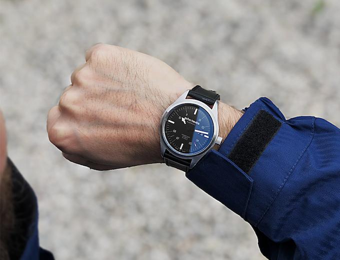 The Versante Nord on the wrist