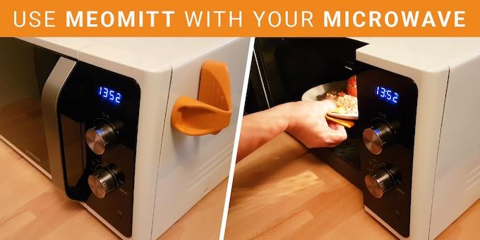 (FR: Utilisez MeoMitt pour prendre les plats chauds de votre four micro-ondes)