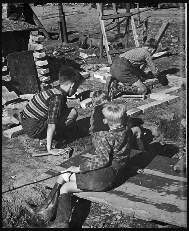 Adventure Playground of old. Photo courtesy KOOP Adventure Play, Illinois