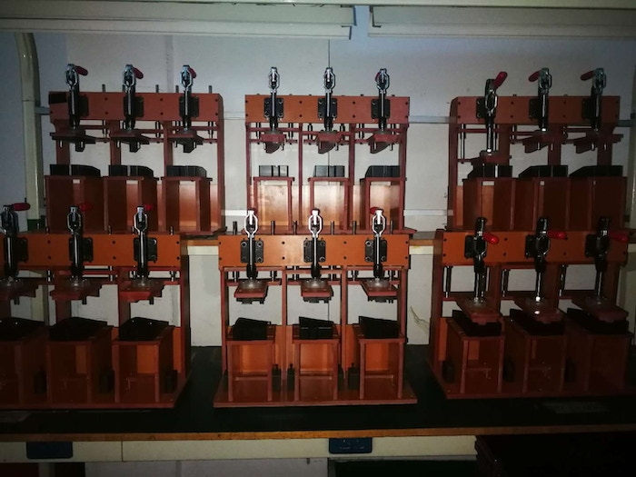 18 new gluing fixtures delivered to the factory