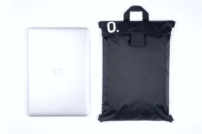 "15"" MacBook Pro & smallest pack Grand"