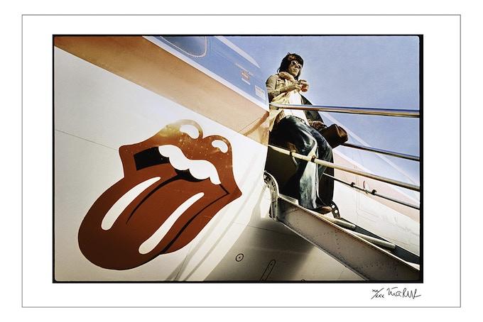 Keith Richards Exits The Starship (8x10 choice)