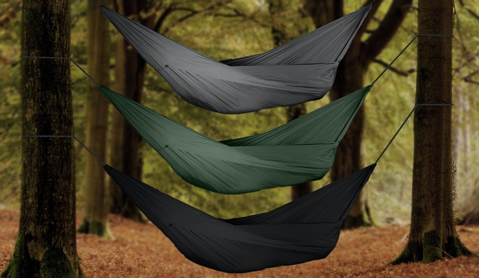 Experience a new level of comfort with the GO! Hammock. This portable, durable hammock is extremely comfortable and is easy to set up!