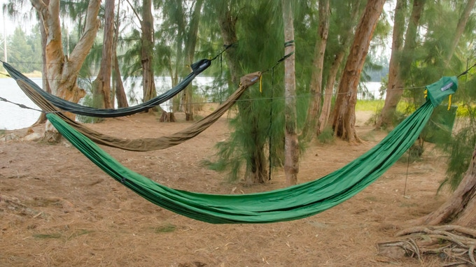 The GO! Hammock 2.0 is available in three colors, Forest Green, Coyote Brown & Slate Gray