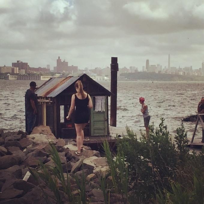 Shantyboat Dotty on the Hudson River prepares to enter Manhattan