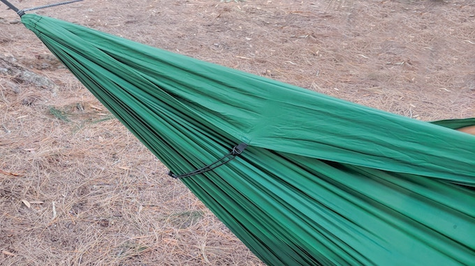 The Fabric Tensioning System tightens up annyoing loose fabric that's common with hammocks