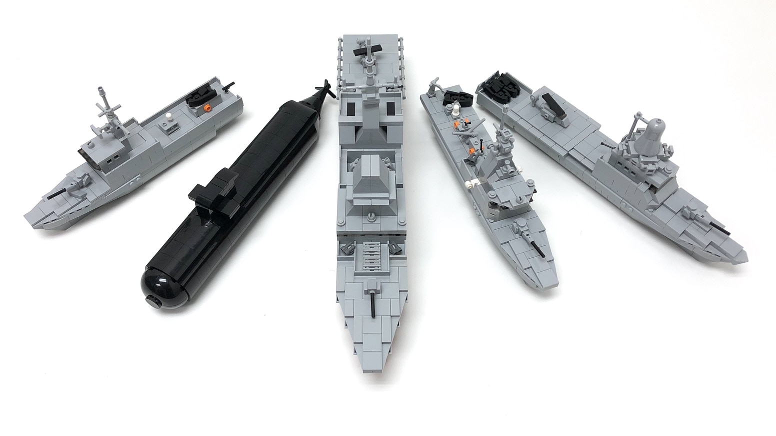 Lego Building Book: Ships of the RSN: Volume 1 by Justin