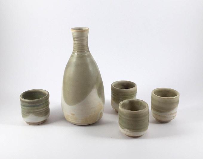 Sake set (sample)