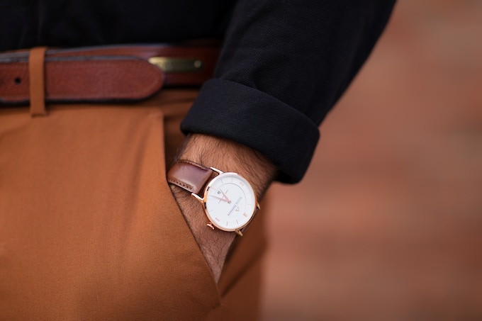 Ineo Conquest Vintage Rosé Gold with a brown leather strap