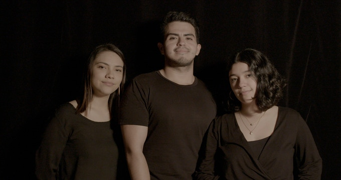 Greis García (Directora de fotografía), Manu Hernández (Director) y Liza Pérez (Postproductora)