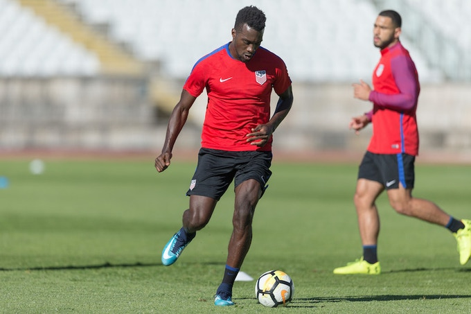 CJ Sapong training with the US Mens National team.