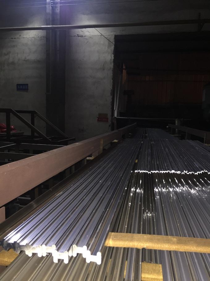 10 meters long per part.