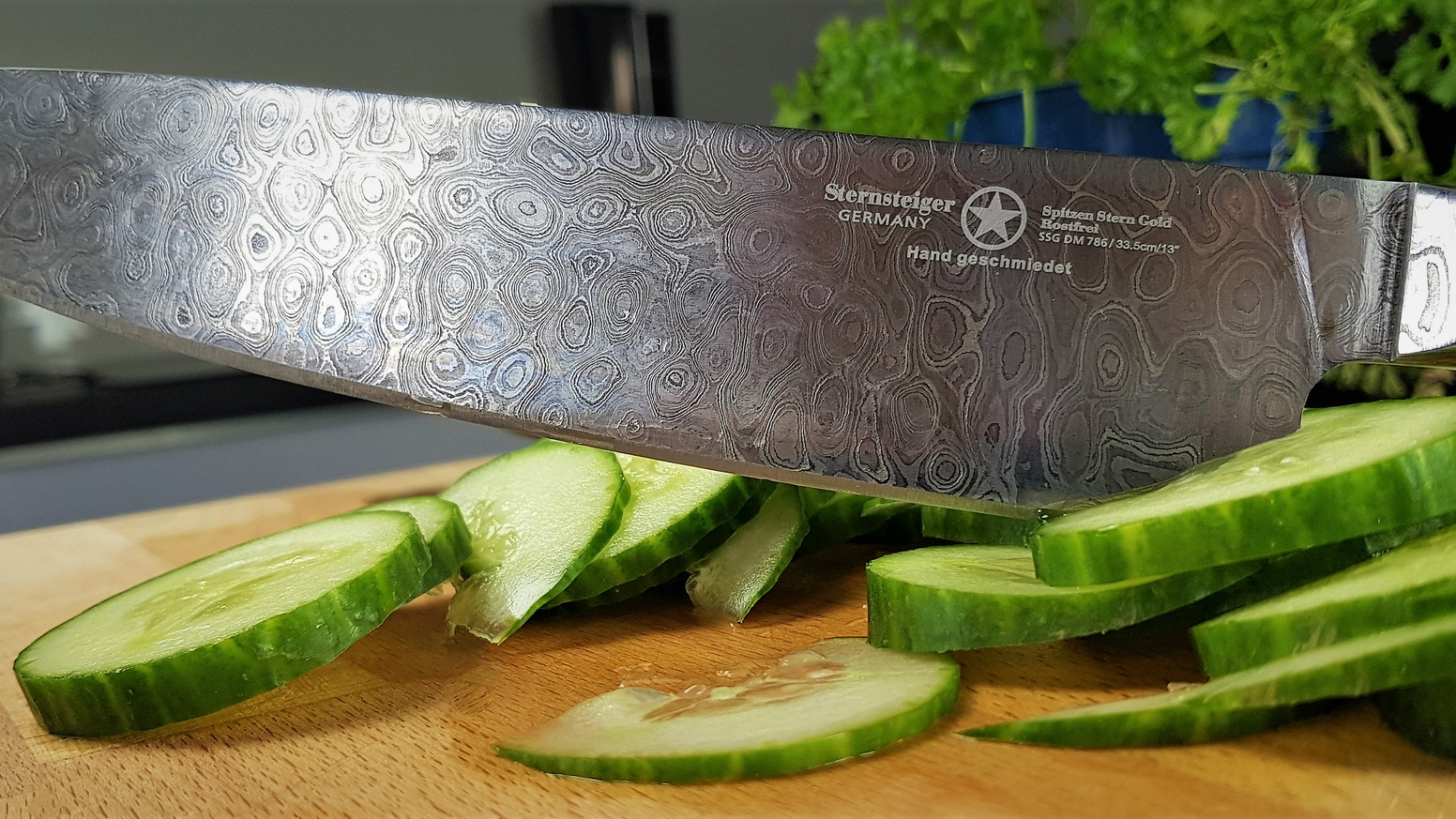 The most sharp and durable Damascus knife series we have ever made.