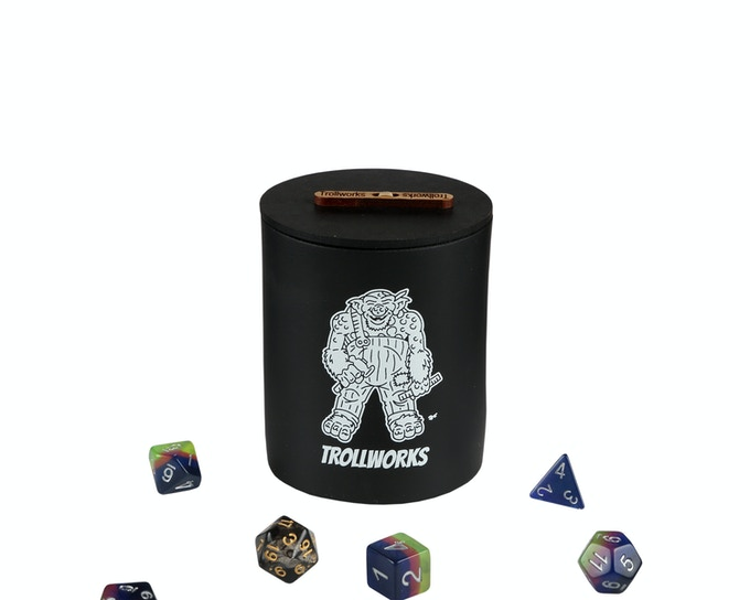 Can Koozie lid on (dice for scale)