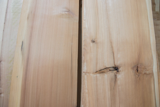 The wood that can be used for Magemono is only a limited part without wood knots.